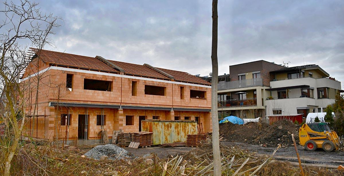Domy U Kapličky - výstavba